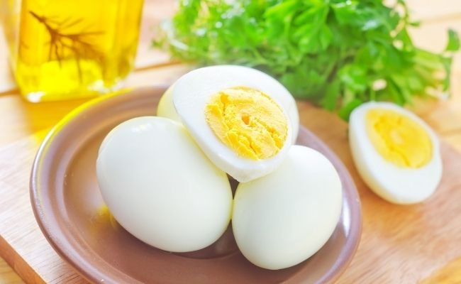 Cooked and Hard-Boiled Eggs- Are They Safe For Your Poodle