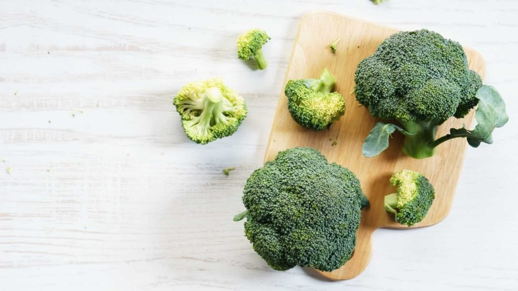 How to serve broccoli to your chihuahua?